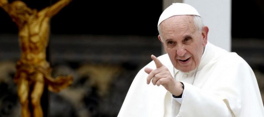 """El pontífice argentino afirmó al semanario católico belga """"Tertio"""" que expandir la..."""