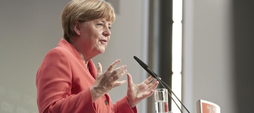 La Unión Cristianodemócrata (CDU) alemana cerró hoy su congreso federal con un giro a la derecha y...