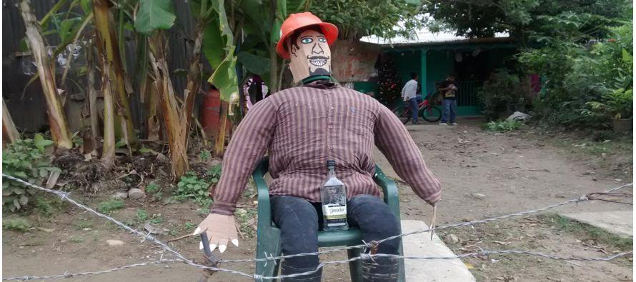 El muñeco de Año Viejo es un símbolo navideño muy popular en Colombia. Desde principios de...
