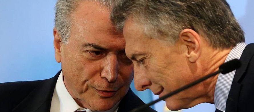 El Gobierno de Macri, emanado de elecciones limpias, con un buen equipo ministerial y un estilo...