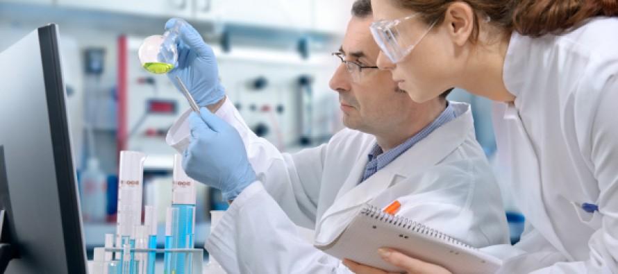 El menor número sugiere que la industria farmacéutica estaría volviendo a niveles de producción normales tras un aumento en las aprobaciones en 2014 y 2015, cuando la cantidad de nuevos medicamentos que llegó al mercado alcanzó un máximo de 19 años.