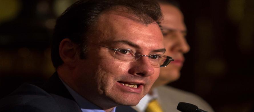 """El ahora canciller """"dejó la hacienda pública con niveles históricos de endeudamiento"""" y la reforma fiscal """"no reformó el problema de los ingresos de México""""."""