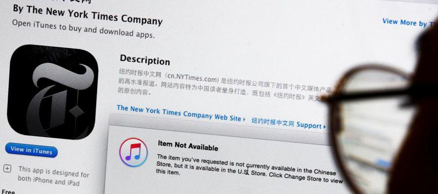 El gigante tecnológico estadounidense Apple ha retirado al diario New York Times de su tienda de...