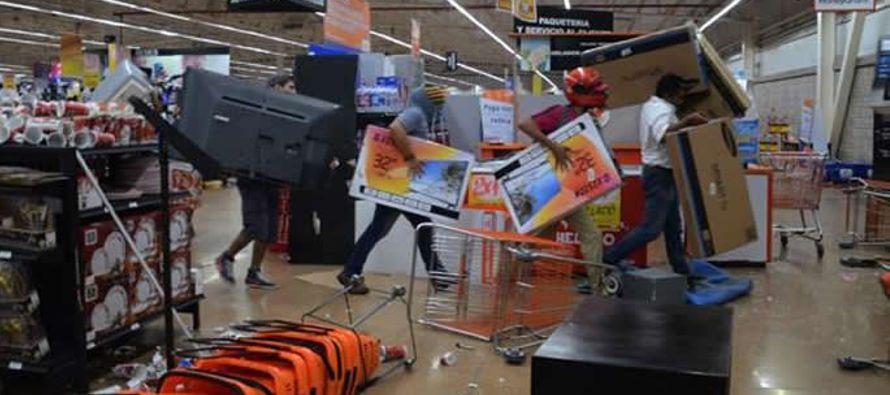 Más de 1,500 personas han sido detenidas por cometer actos vandálicos en el marco de las protestas...