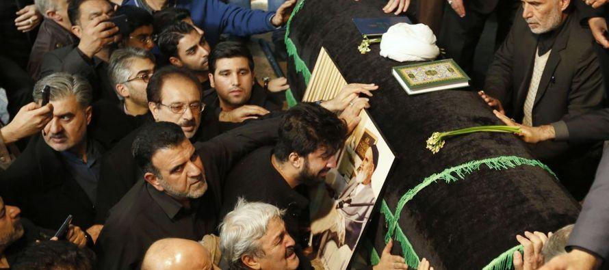 Las autoridades decretaron esta jornada festiva y tres días de luto desde su fallecimiento el...
