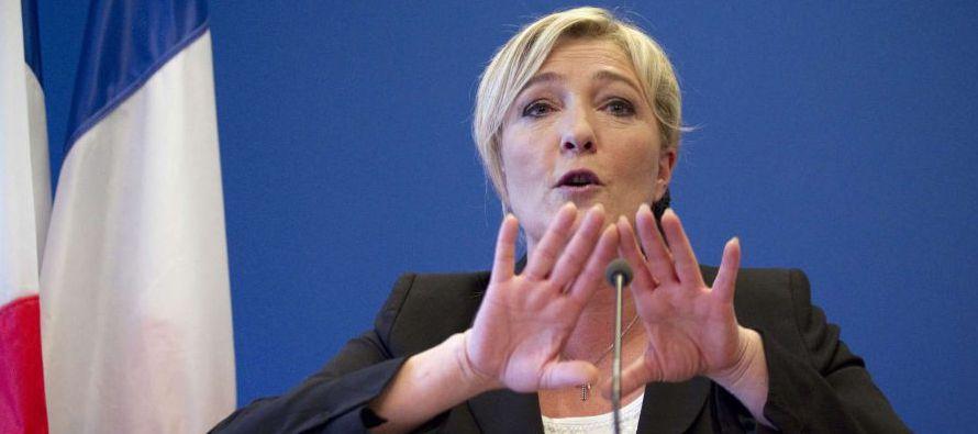 El programa proteccionista y antiglobalización de Le Pen le ha ayudado a ganar un extenso apoyo en...