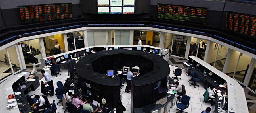 El Banco Mundial, pese a su drástica rebaja en la revisión, no llega tan lejos. En su informe,...