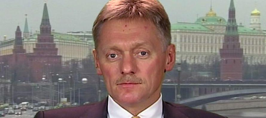 """""""El Kremlin no se dedica a reunir información comprometedora"""", insistió Peskov al..."""