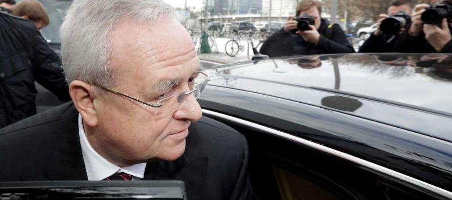 Expresidente de VW asegura que no fue consciente de la dimensión del caso