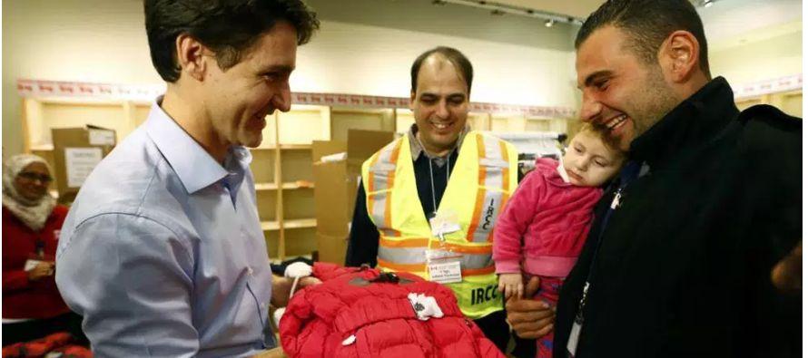 Es cierto que Canadá es una sociedad abierta a la inmigración en la que las personas de diversos...