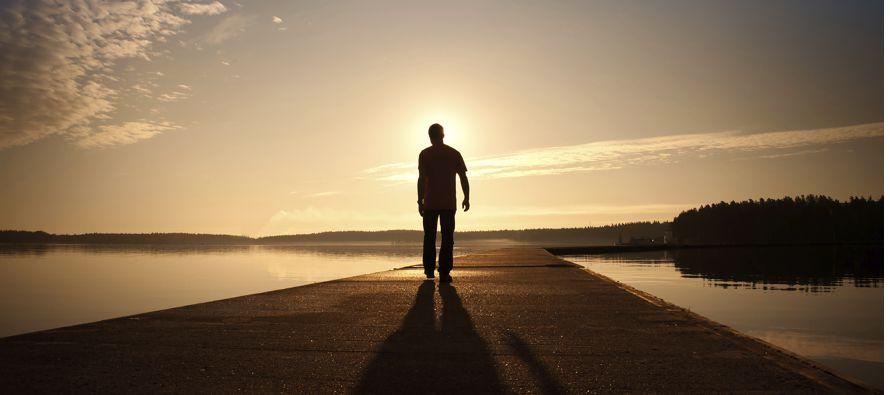 """""""La política de las naciones… no puede ignorar jamás la trascendente dimensión espiritual de la..."""