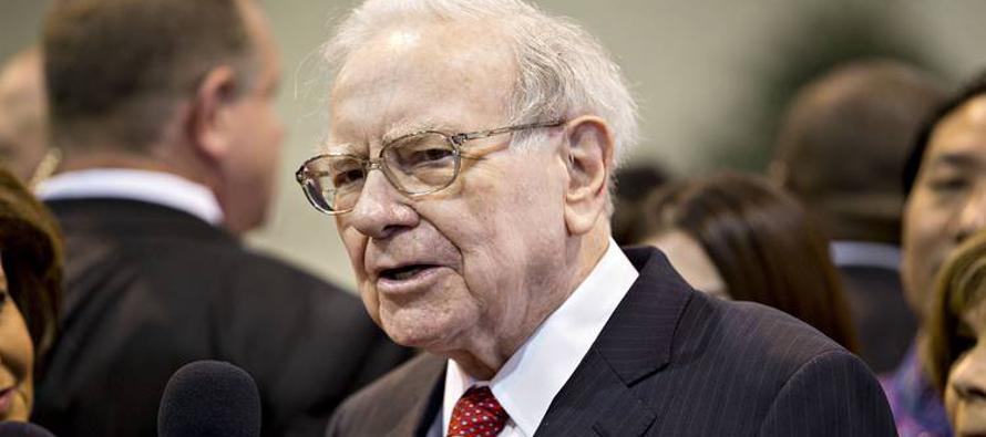 Buffett evita hablar de política en carta a los accionistas