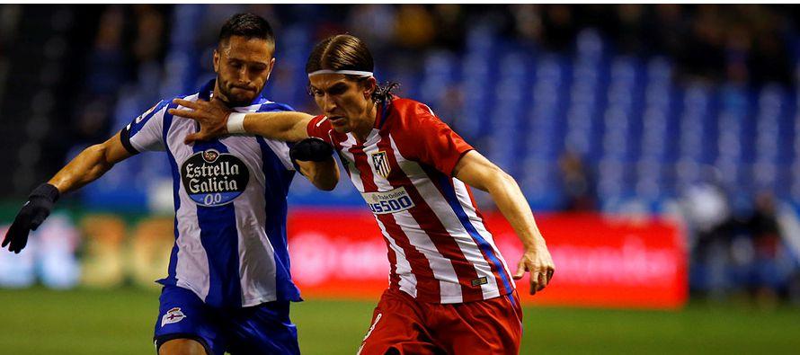 Torres quedó tendido cuando Bergantiños le dio un cabezazo por detrás al pugnar un balón aéreo...
