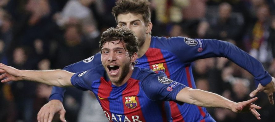 Neymar anotó dos goles después de los 88 minutos, y Sergi Roberto marcó en el quinto y último...