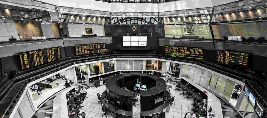 En febrero, la inversión de extranjeros en bonos de deuda emitida por el gobierno federal en el...