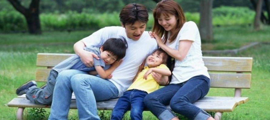 """La política china que permite a las parejas tener dos hijos está mostrando """"resultados..."""