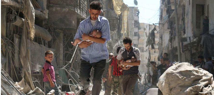 """Los niños sufrieron una """"escalada drástica"""" en la violencia por la guerra civil siria durante 2016,..."""