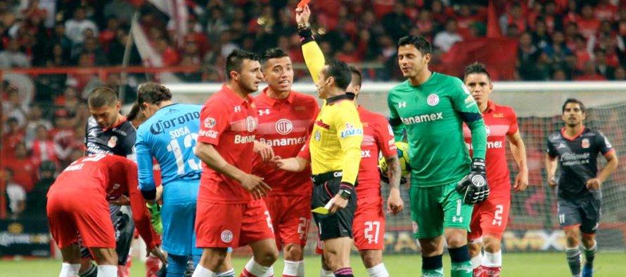 Aguilar y Triverio fueron suspendidos por la Comisión Disciplinaria con 10 y ocho partidos,...