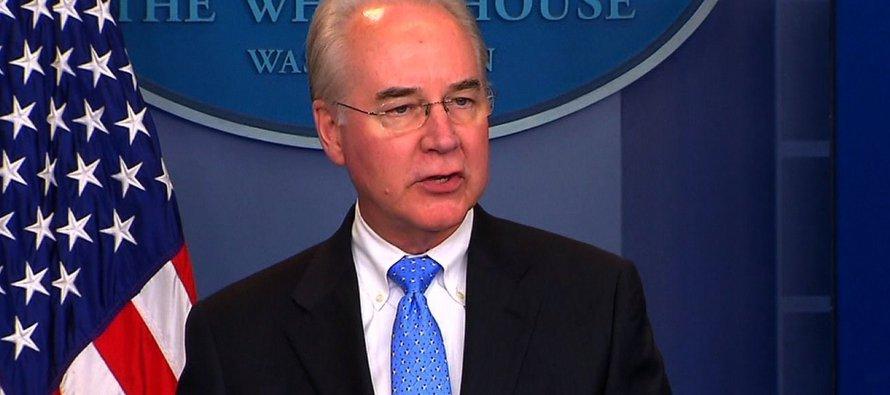 """En una declaración ante los medios en la Casa Blanca, Price afirmó que """"es imposible que se dé..."""