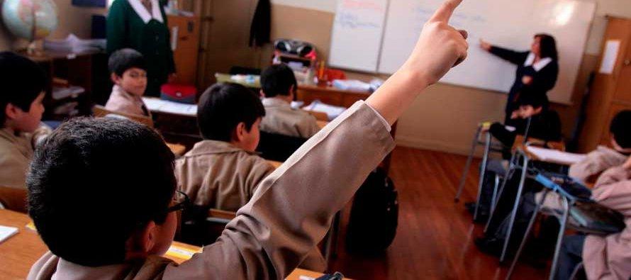 """""""Mantener la educación sin cambios no era opción, no podíamos condenar a las niños, niñas y..."""