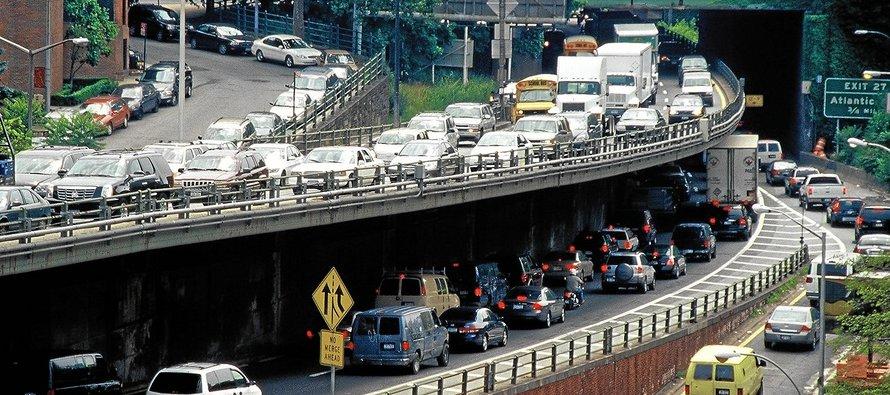 Más de 2,500 ciudades han presentado sus planes para frenar las emisiones de dióxido de carbono a...