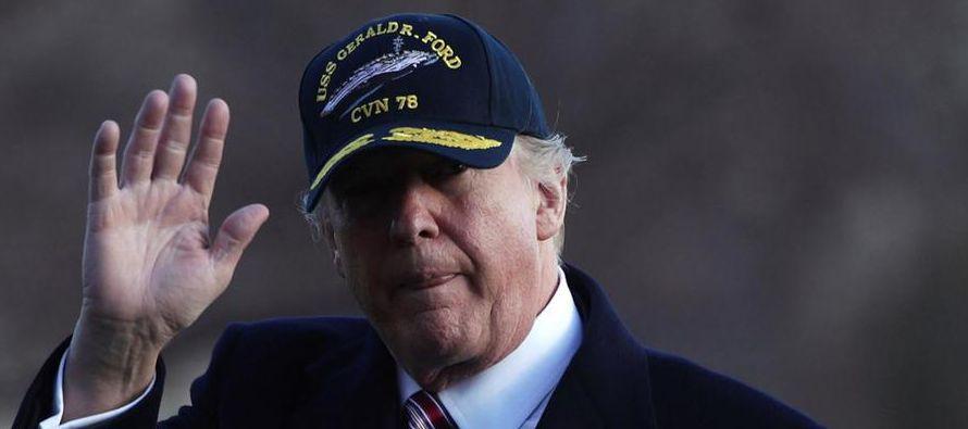 """El galardón """"Wet Gunpowder"""" (pólvora mojada) recayó en Trump en una edición en la que..."""