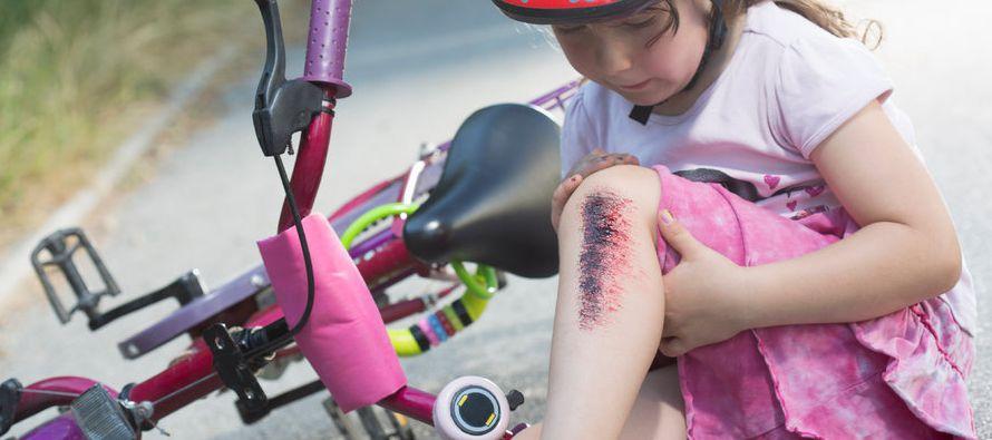 Cuando un niño tiene un accidente -y los niños sufren accidentes- siempre hay un padre que se...