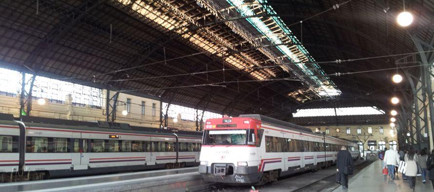 Un 98 % de los TAV japoneses tienen como mucho un retraso de cinco minutos, mientras en el caso de...