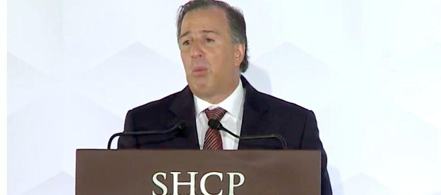 Señaló que en un comparativo internacional muestra que donde México está rezagado es en el cobro...