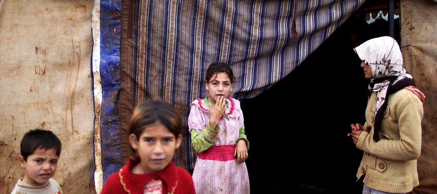 La noche del día 14, un convoy del CICR, la Media Luna Roja Siria y la ONU accedió a Madaya para...