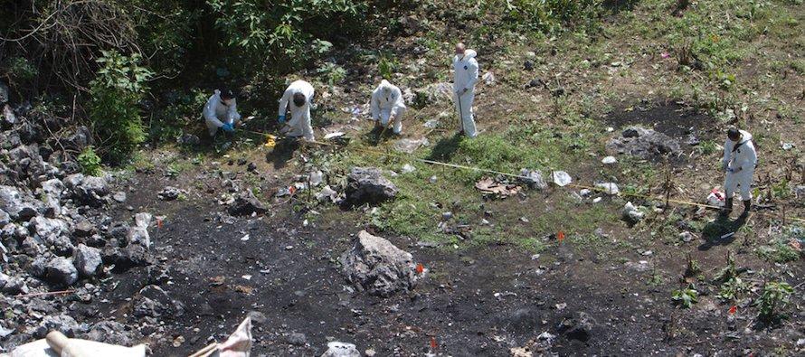 México afirmó el viernes que aún considera posible que los 43 estudiantes desaparecidos desde 2014...