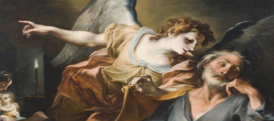 María, estaba desposada con José y, antes de empezar a estar juntos ellos, se encontró encinta por...