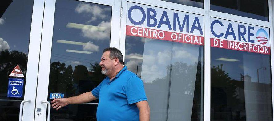 No podían encontrar un seguro médico asequible y para pagar el tratamiento de Juan Carlos vendieron...