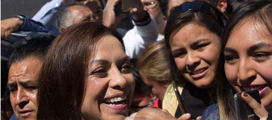 Dos veces ministra y primera candidata presidencial por el conservador PAN, Josefina Vázquez Mota...