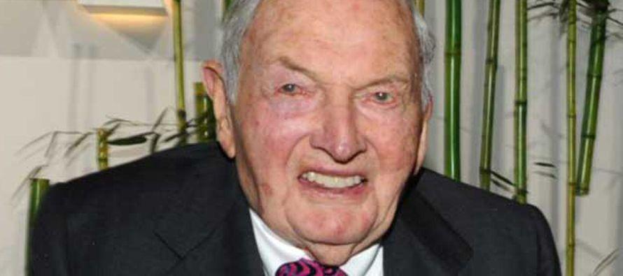 Rockefeller se vio involucrado en un incidente internacional cuando él y su amigo Henry Kissinger...