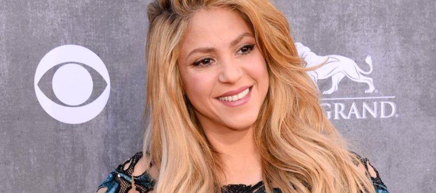 Invertir en la educación de los niños es mejor que ganar un Grammy: Shakira