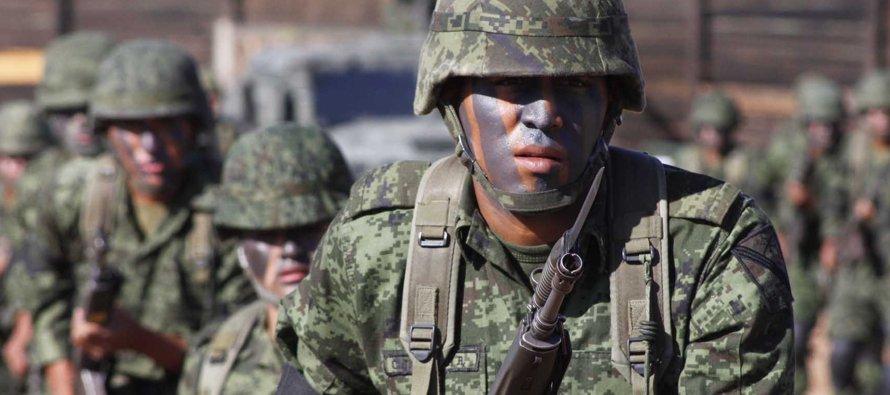 """Peña Nieto condena expresiones """"inadmisibles"""" contra labor de Fuerzas Armadas"""