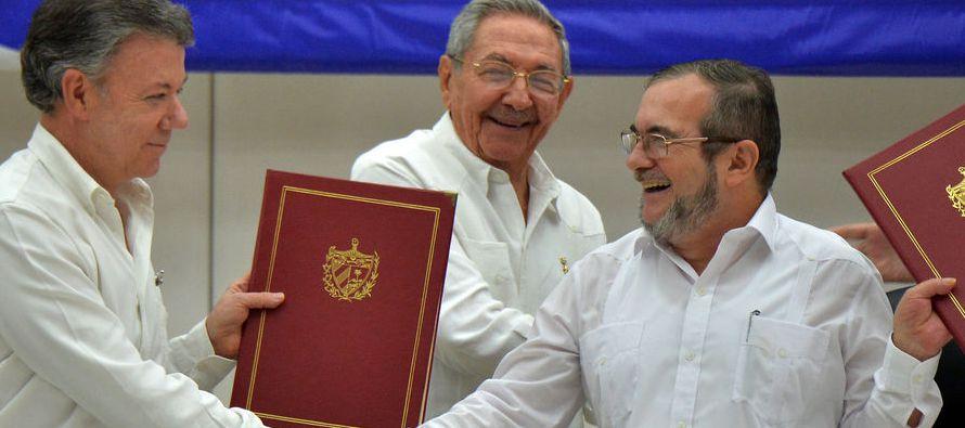 Tanto las Fuerzas Armadas colombianas como las FARC han cumplido de forma increíble el cese...
