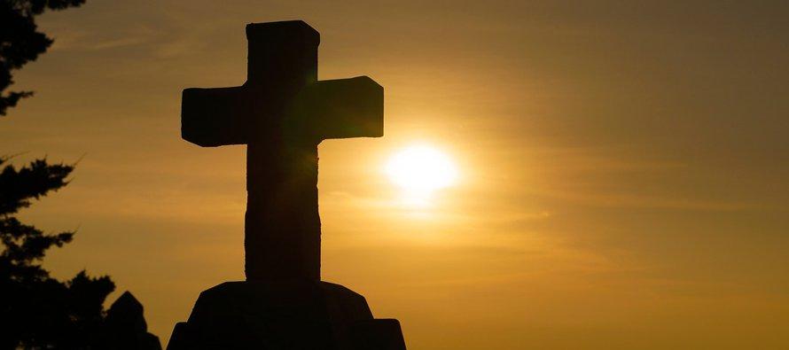 Dios proporciona su gracia a través de los Sacramentos y de las vías más insospechadas para ayudar...