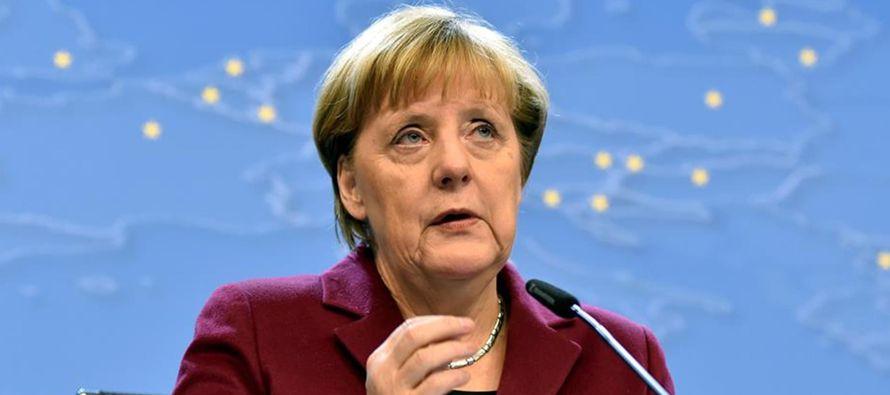 """La canciller alemana, Angela Merkel, criticó hoy lo que calificó de """"deficits"""" de algunos..."""