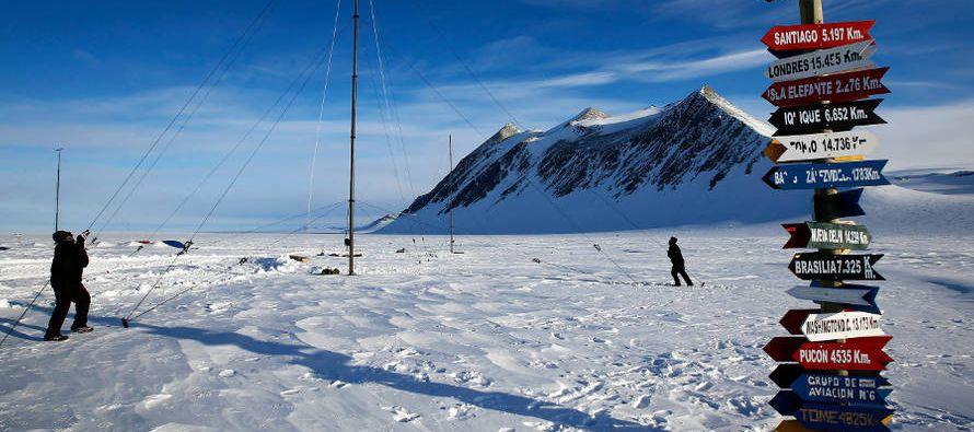 Los científicos han encontrado evidencias de ello en las montañas Transantárticas, una cadena...