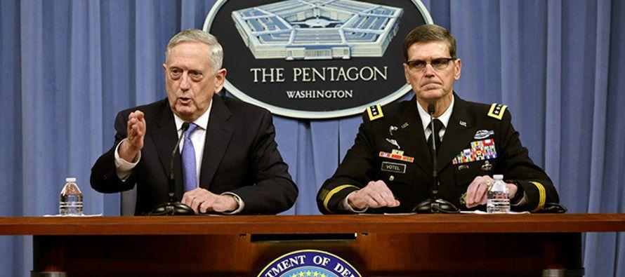 El domingo 9 de abril EU decidió enviar el grupo de ataque del portaviones USS Carl Vinson,...