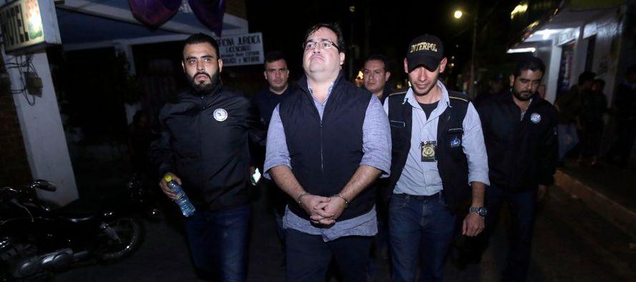 Se desconoce el paradero de al menos tres otros exlíderes estatales de México y más de media docena...
