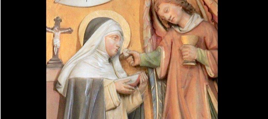 Junto a Margarita, que fue su formadora, fundó otro monasterio en Montepulciano a petición de un...