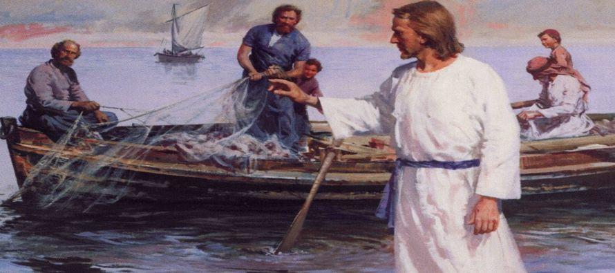 """El discípulo a quien Jesús amaba dice entonces a Pedro: """"Es el Señor"""". Simón Pedro,..."""