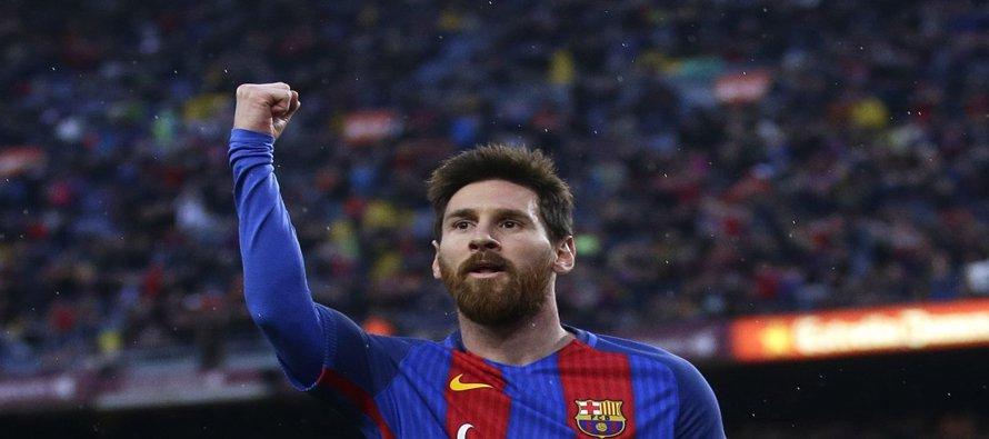 Barcelona golea 7-1 a Osasuna y aprieta al Real Madrid