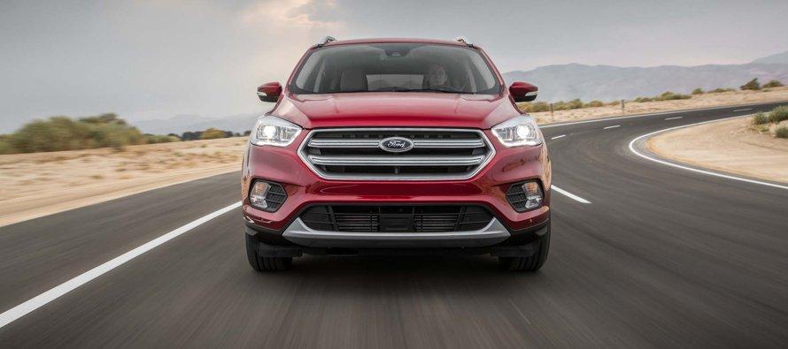 """Ford espera un """"sólido"""" 2017 pese a caída de beneficios en primer trimestre"""