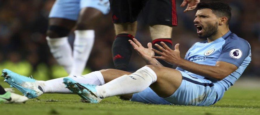 Manchester United y City igualan 0-0 en derbi de Manchester