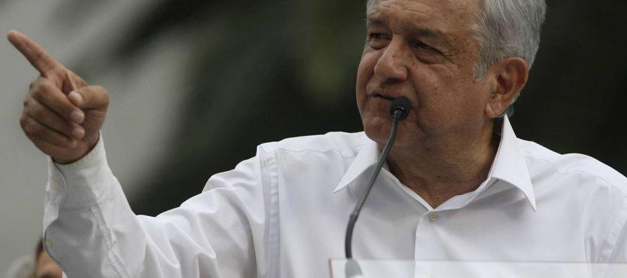 """La política mexicana reedita los """"videoescándalo"""" para golpear a López Obrador"""