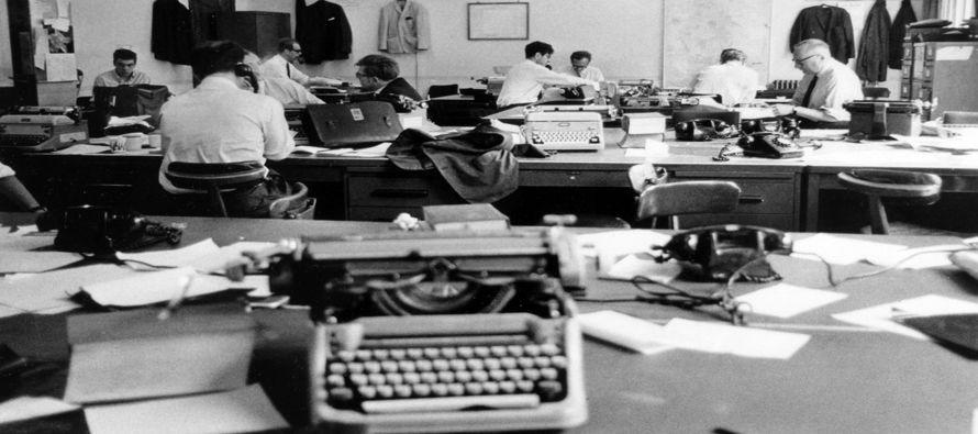 A comienzos de este siglo tres periodistas realizaron, sin saberlo, el mismo proyecto: vivir entre...